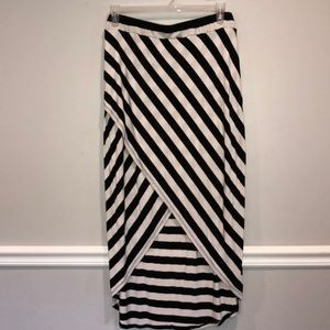 Dresses & Skirts - Plus Size Black & White High Low Wrap Skirt in 2X
